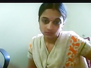 Crazy Amateur video with Indian, Downblouse scenes