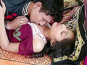 Hot desi shortfilm 372 - Aarti Soni boobs kissed well, navel kissed hard