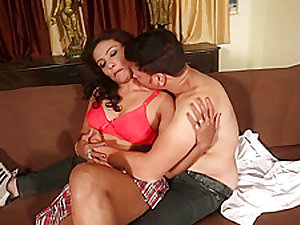 Hot desi shortfilm 409-Farzana boobs pressed & kissed in red bra,navel kiss