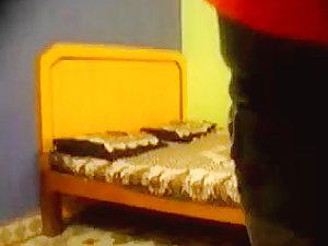 Desi couple having sex (hidden cam)