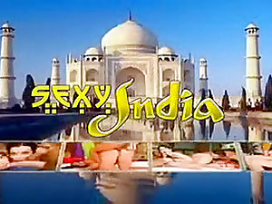Indian/Arabian girl gets fucked by HIS hookah