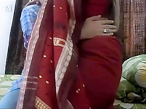 Desi indian Bhabhi gets fucked with love