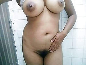 Natural Big Boobs Kumari Aunty Saudi Arabia Hairy Pussy Masturbating Orgasm
