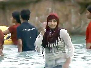 Bangladesi hijab girl dancing hot 1
