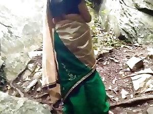 Enjoying beautiful village aunty's pussy outdoors