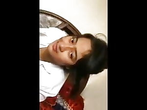 Indian girlfriend leaked mms