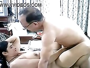 Pakistani married uncle and aunty homemade sex video